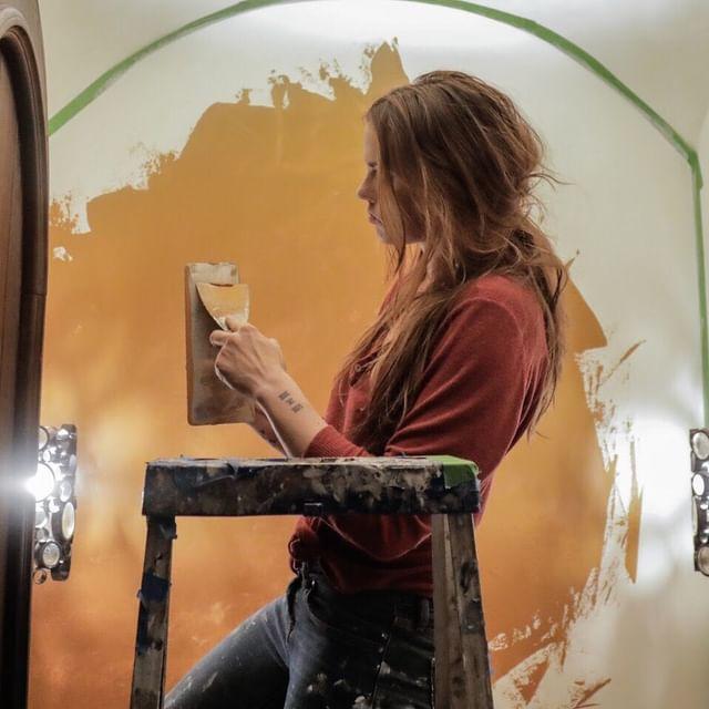 Chandelle Paints