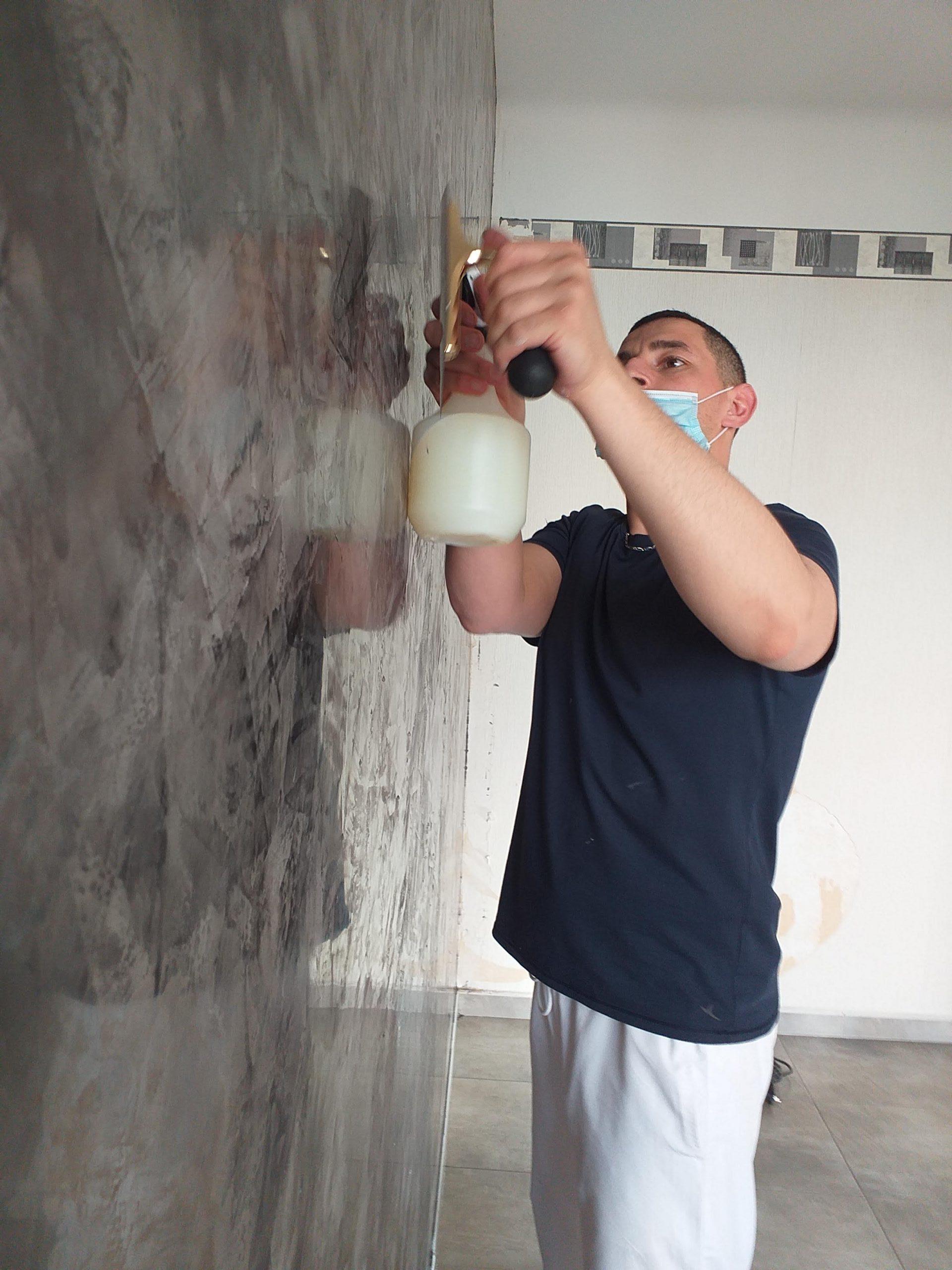 Nos images pendant et apres la formation enduits a la chaux beton cire tadelakt stucco venitien a Nice chez Stucco Perfection avec Ecobati